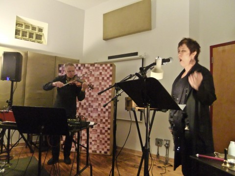 """Shawn Decker and Lynn Book performing """"The Phaedra Escapes"""" at the Experimental Sound Studio in Chicago."""